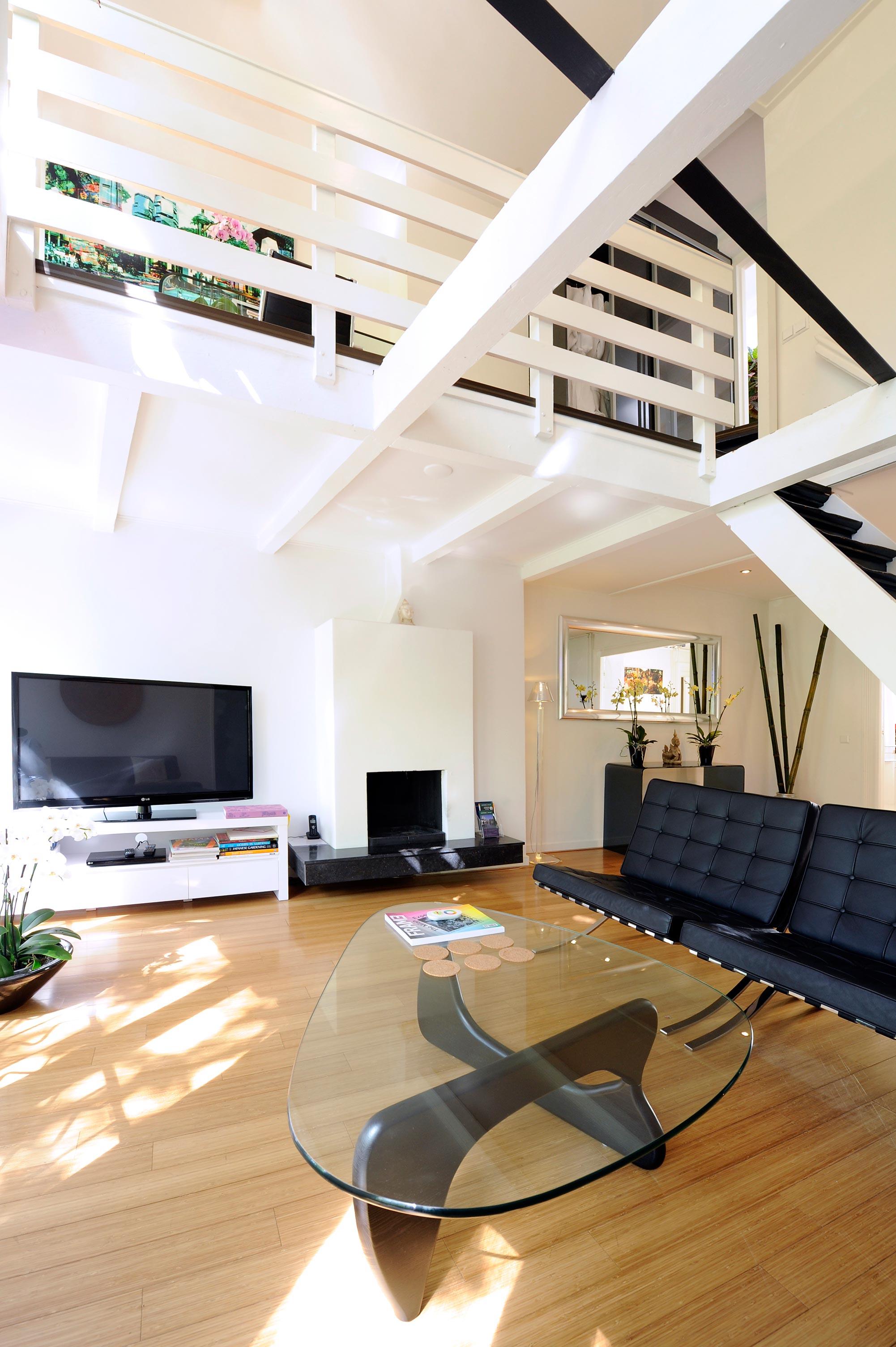 Luxury Amsterdam 2 bedroom short stay design apartment